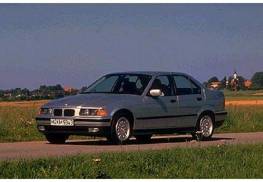 BMW Seria 3 E36 sedan silver grey przedni lewy
