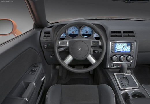 DODGE Challenger coupe tablica rozdzielcza