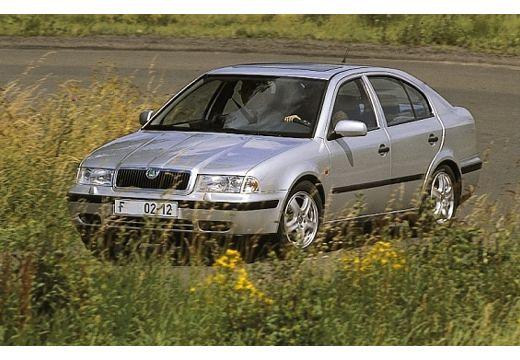 SKODA Octavia 1.6 GLX Hatchback I 100KM (benzyna)