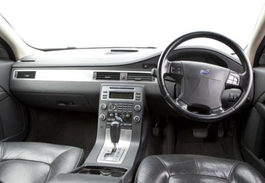 VOLVO S80 III sedan czarny tablica rozdzielcza