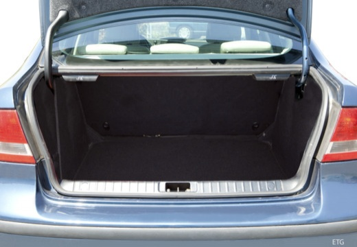 SAAB 9-3 Sport I sedan przestrzeń załadunkowa