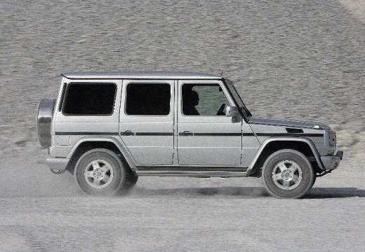 MERCEDES-BENZ Klasa G 463 III soft top silver grey boczny prawy