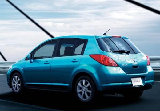 NISSAN Tiida hatchback niebieski jasny tylny lewy