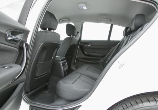 BMW Seria 1 F20 II hatchback wnętrze
