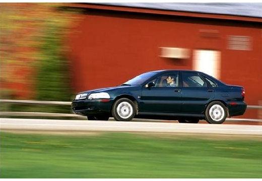 VOLVO S40 III sedan zielony przedni lewy