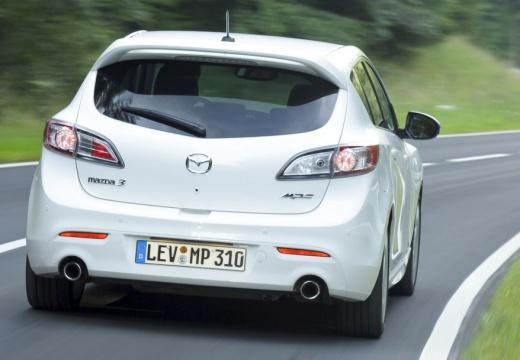 MAZDA 3 IV hatchback biały tylny prawy