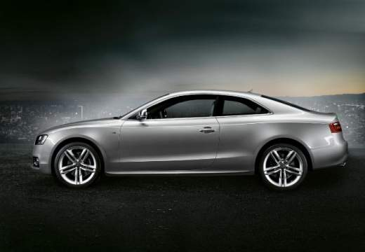 AUDI A5 I coupe silver grey boczny lewy