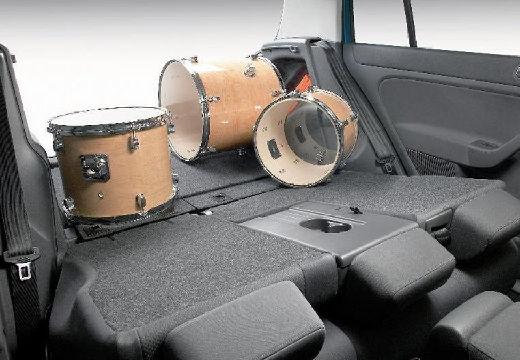 VOLKSWAGEN Golf V Plus hatchback przestrzeń załadunkowa