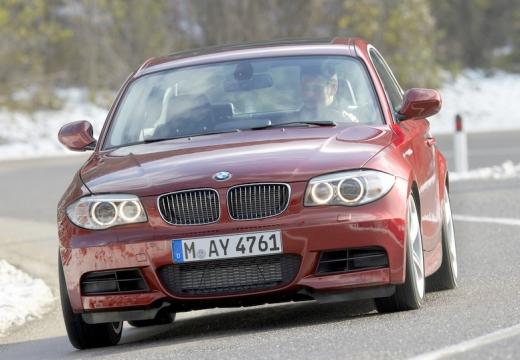 BMW Seria 1 coupe czerwony jasny przedni lewy