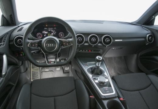 AUDI TT III coupe tablica rozdzielcza