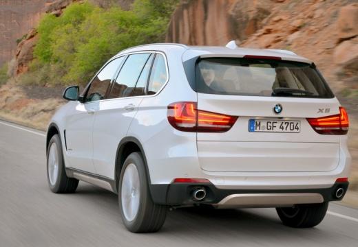 BMW X5 X 5 F15 kombi biały tylny lewy