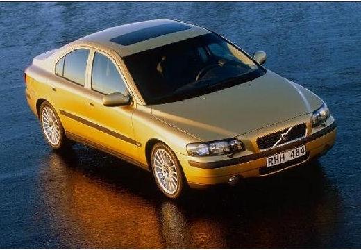 VOLVO S60 2.4i Optima Sedan I 2.5 170KM (benzyna)