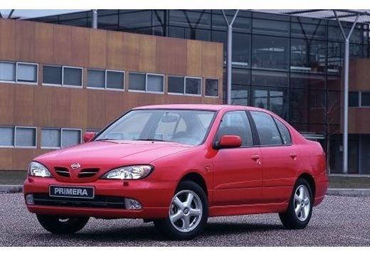 NISSAN Primera sedan czerwony jasny przedni lewy