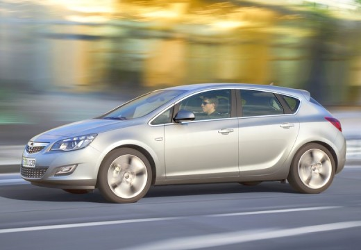 OPEL Astra IV 1.4 Cosmo Hatchback I 100KM (benzyna)