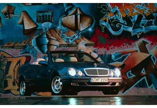 MERCEDES-BENZ Klasa CLK CLK Cabriolet A 208 kabriolet czarny przedni prawy