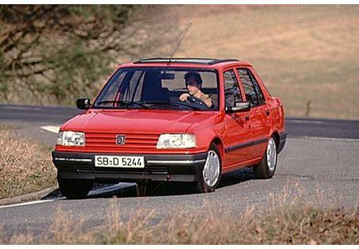 PEUGEOT 309 I hatchback czerwony jasny przedni lewy