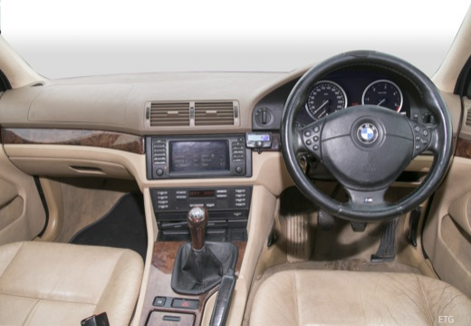 BMW Seria 5 E39/4 sedan tablica rozdzielcza
