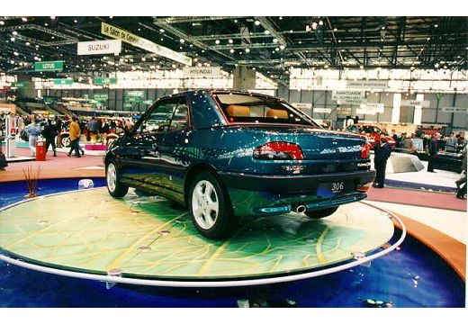PEUGEOT 306 kabriolet tylny lewy