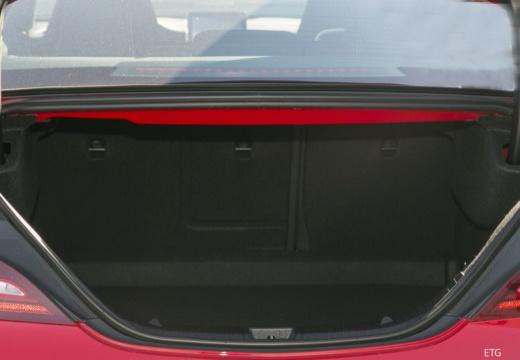 MERCEDES-BENZ Klasa CLA C 117 sedan przestrzeń załadunkowa