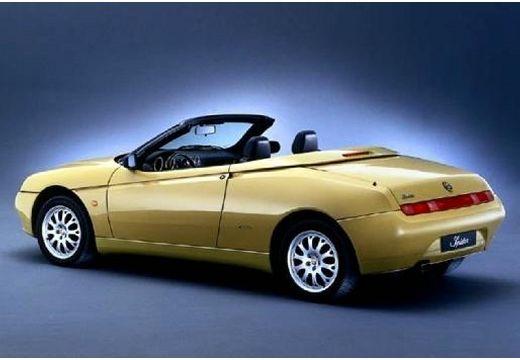 ALFA ROMEO Spider II kabriolet żółty tylny lewy