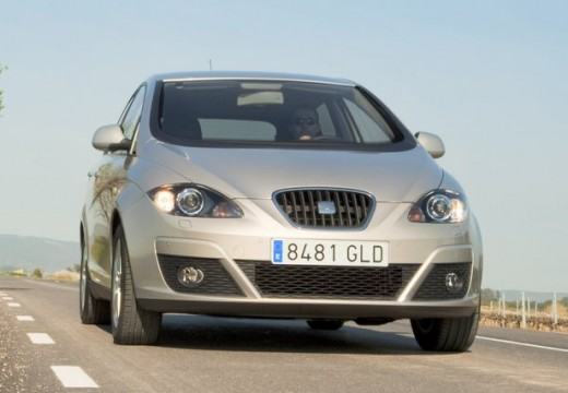 SEAT Altea hatchback silver grey przedni prawy