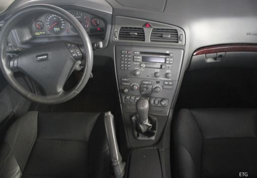 VOLVO S60 I sedan tablica rozdzielcza