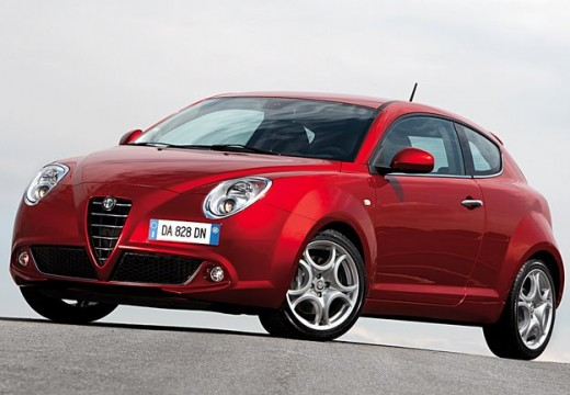 ALFA ROMEO MiTo hatchback czerwony jasny przedni lewy