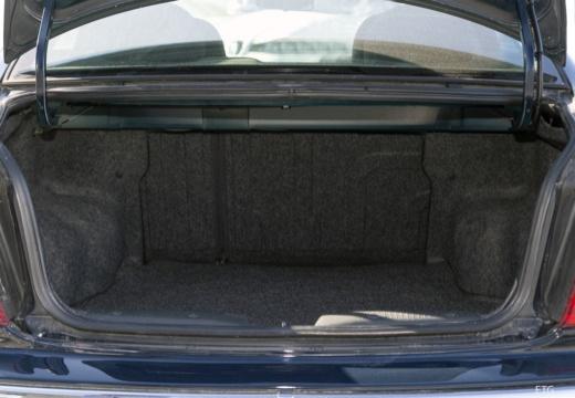 ROVER 45 sedan przestrzeń załadunkowa