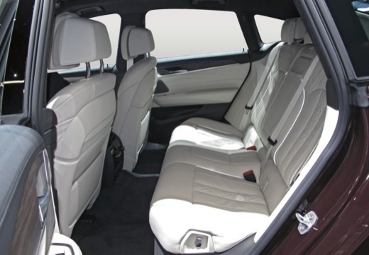 BMW Seria 6 hatchback wnętrze