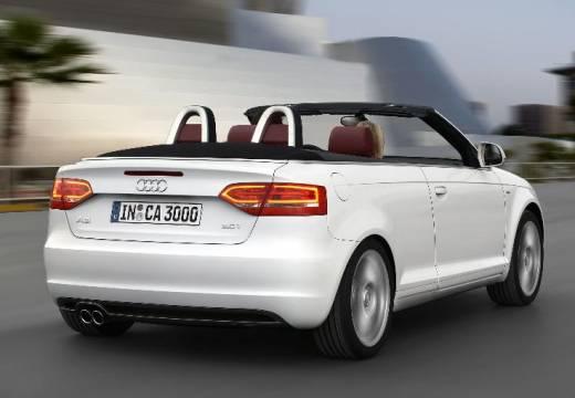 AUDI A3 kabriolet biały tylny prawy