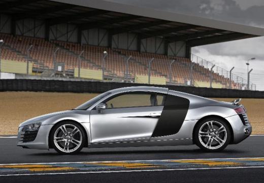 AUDI R8 I coupe silver grey boczny lewy