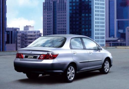 HONDA City sedan silver grey tylny prawy