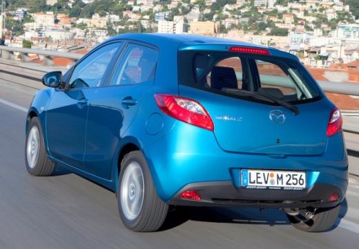 MAZDA 2 III hatchback niebieski jasny tylny lewy