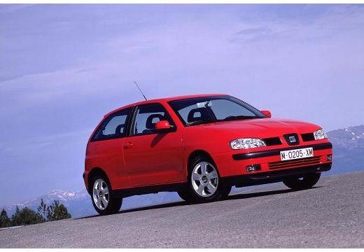 SEAT Ibiza III hatchback czerwony jasny przedni prawy