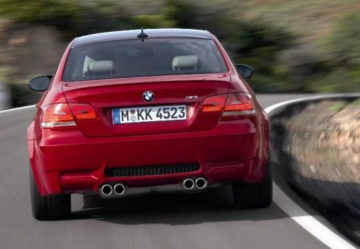 BMW Seria 3 E92 I coupe czerwony jasny tylny
