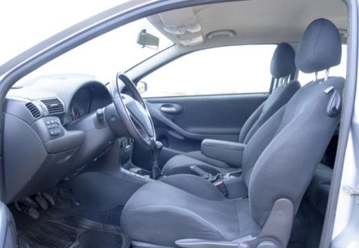 FIAT Stilo I hatchback wnętrze