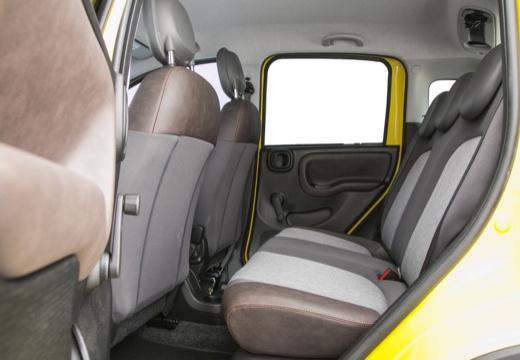 FIAT Panda III hatchback żółty wnętrze