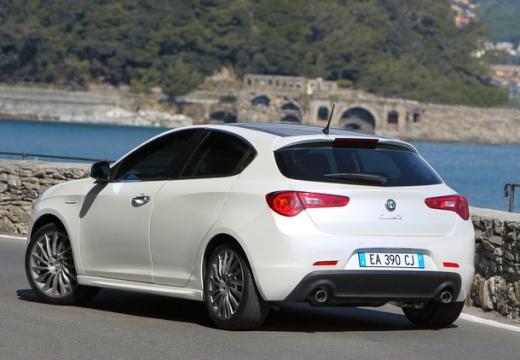 ALFA ROMEO Giulietta I hatchback biały tylny lewy