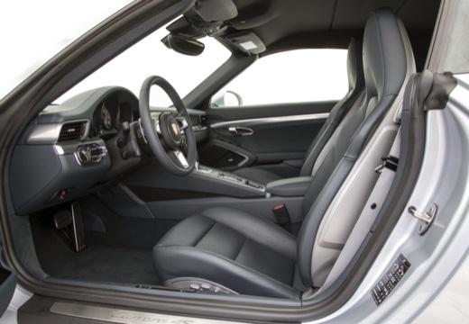 PORSCHE 911 Cabrio 991 II kabriolet wnętrze