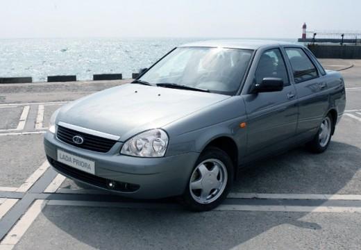 LADA Priora sedan silver grey przedni lewy