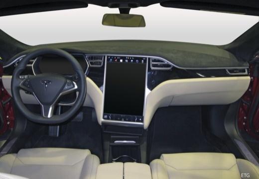TESLA Model S hatchback tablica rozdzielcza