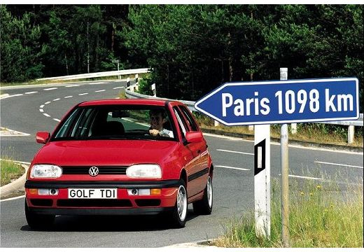 VOLKSWAGEN Golf hatchback czerwony jasny przedni lewy