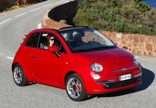 FIAT 500 kabriolet czerwony jasny przedni prawy