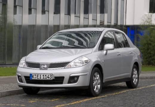 NISSAN Tiida sedan silver grey przedni lewy