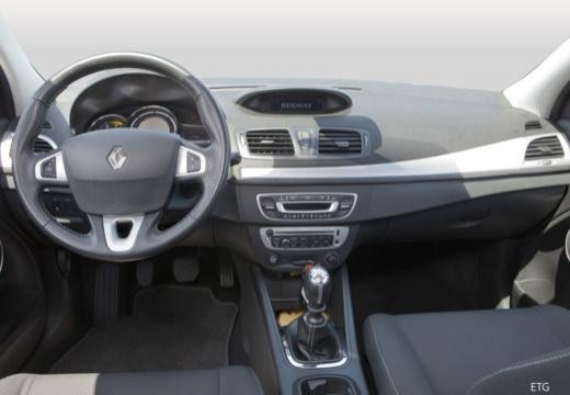 RENAULT Megane III Coupe II hatchback tablica rozdzielcza