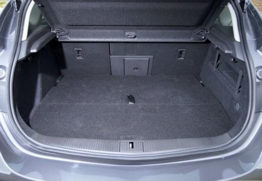 OPEL Astra IV I hatchback przestrzeń załadunkowa