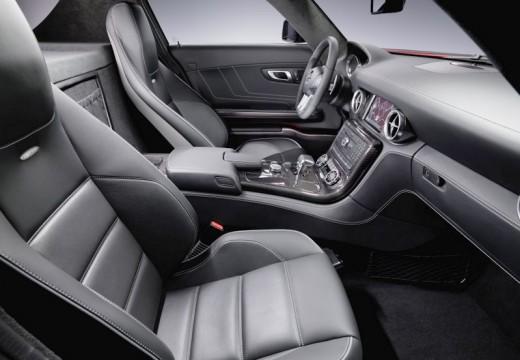MERCEDES-BENZ SLS coupe wnętrze