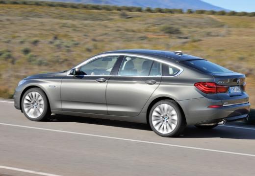 BMW Seria 5 Gran Turismo hatchback silver grey tylny lewy