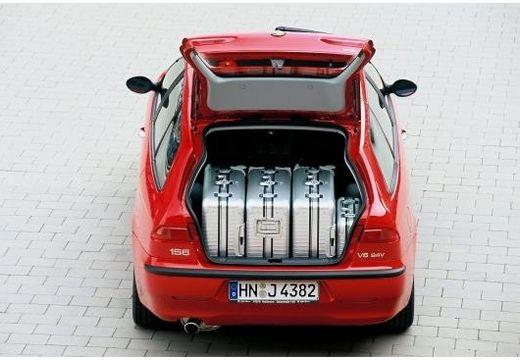ALFA ROMEO 156 Sportwagon I kombi czerwony jasny tylny