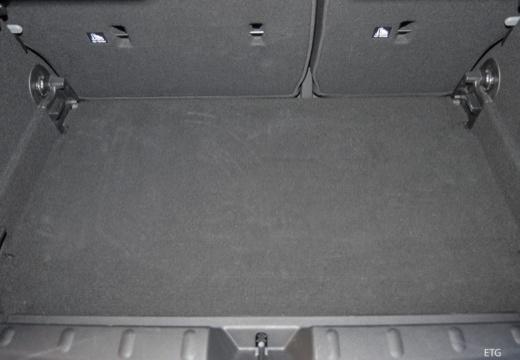 MINI [BMW] Mini MINI Cooper 5dr hatchback przestrzeń załadunkowa